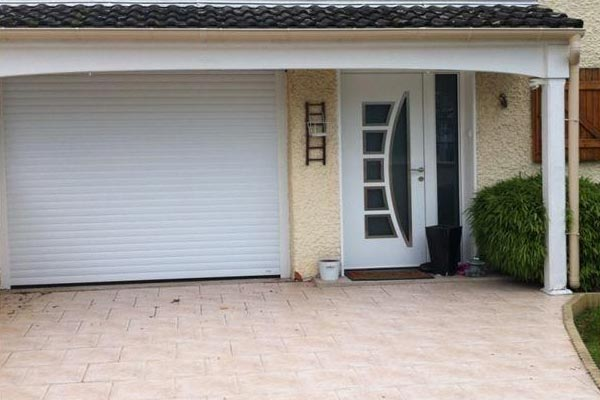 Porte de garage grosfillex saint maur des foss s cr teil 94 for Garage diderot coquelin saint maur